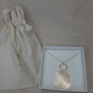 Collier Olivia gold filled 14K Créatrice comme une plume
