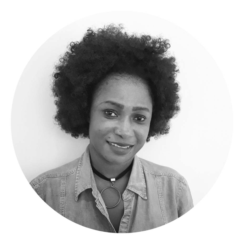 Hairdresser matongé ixelles coiffeuse afro spécialiste coiffure senegalaise